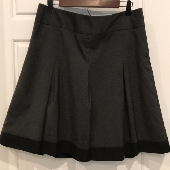 The Limited Dresses & Skirts - Black & grey pleated skirt